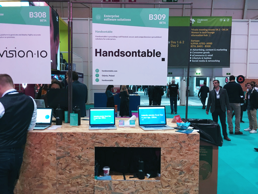 The Handsontable exhibition stand