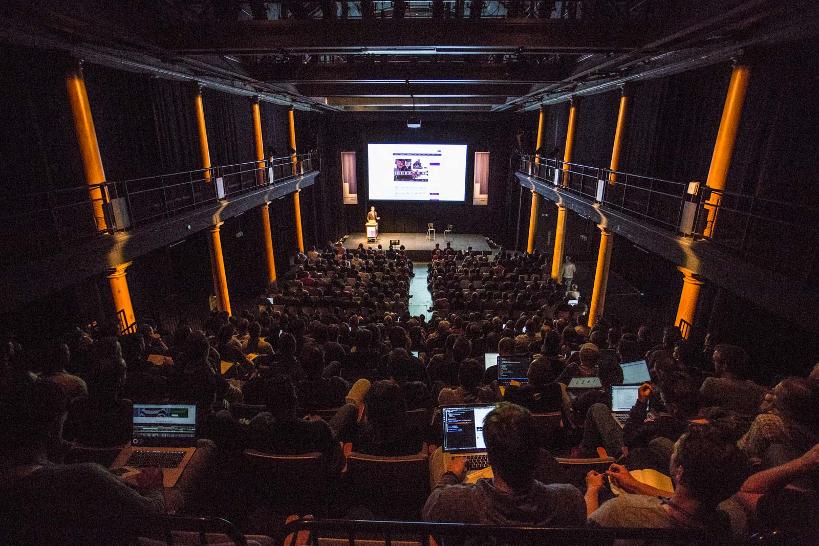 Audience listening to a talk at performance.now() 2018